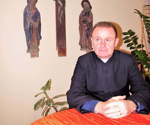 Proboszcz chce przyjąć pomnik papieża