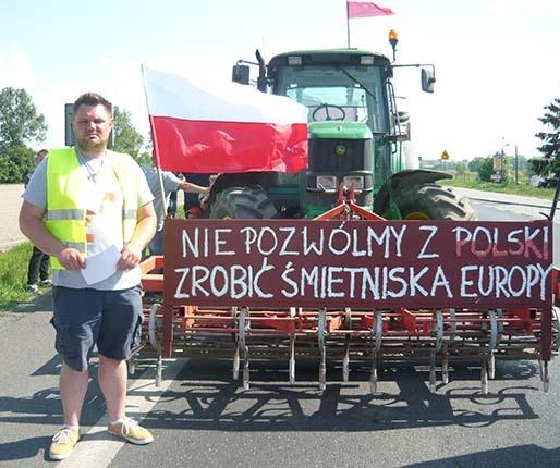 Krajówka zablokowana przez protest