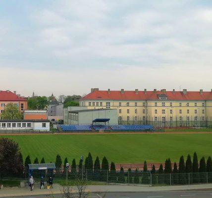 stadion łęczyca
