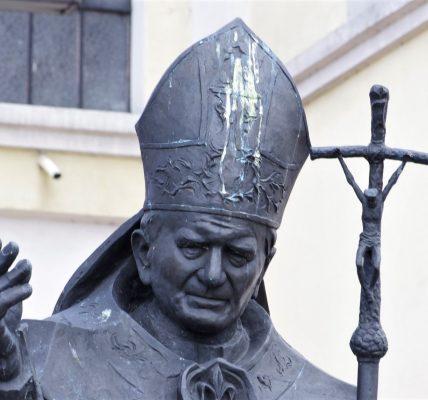 papież ozorków
