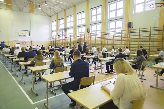 egzaminy ósmoklasistów
