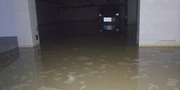 woda w garażu