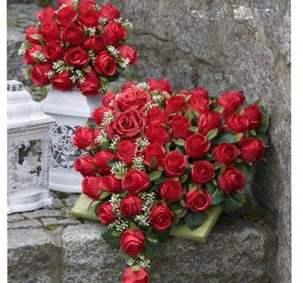 ukradł róże z grobu