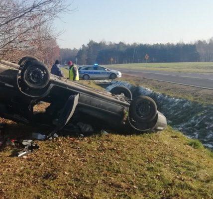 zginął 22-letni kierowca