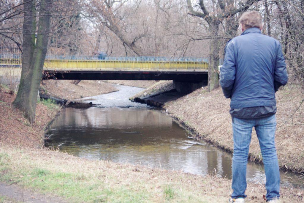 zwłoki w rzece