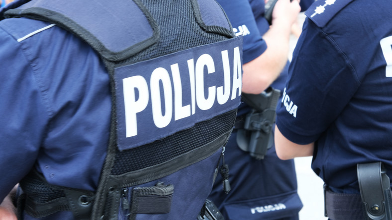 zarzuty dla policjantów