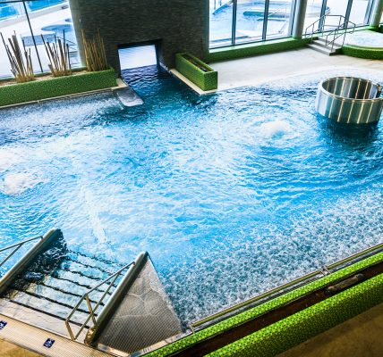 basen poddębice