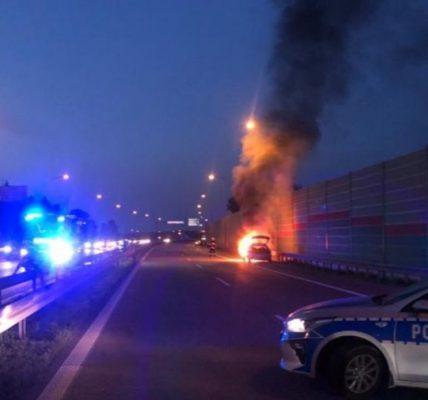 płonące auto