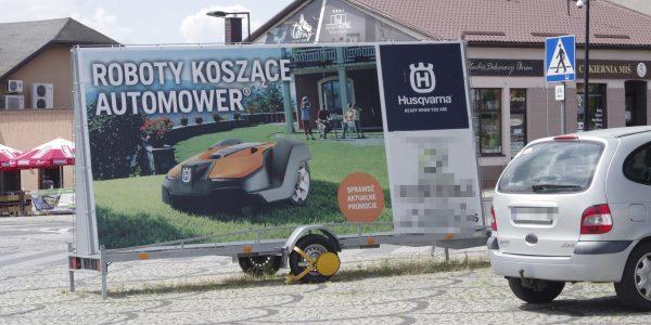 reklamy na placu