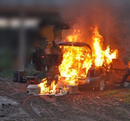 podpalił samochód