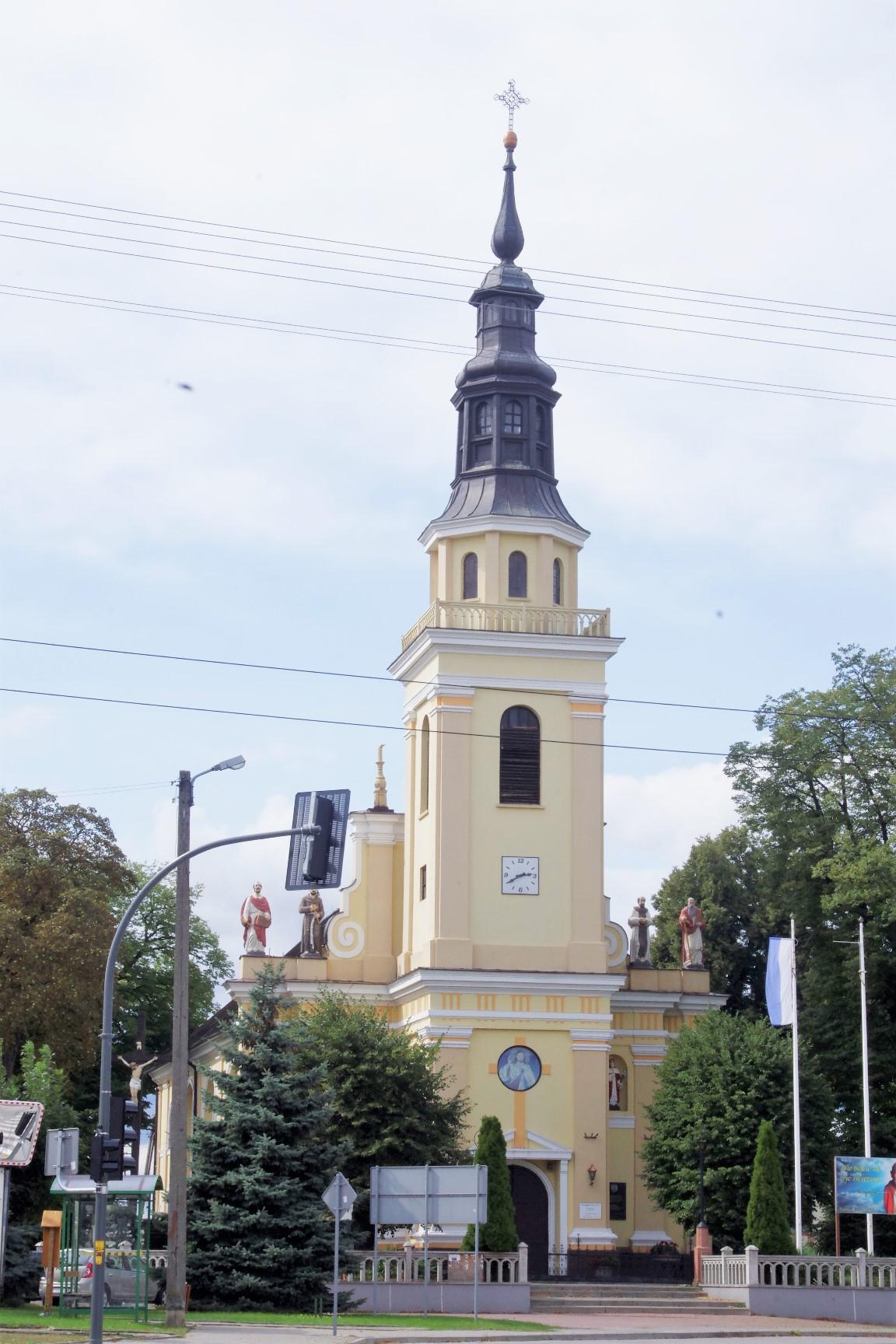 kościół parzęczew