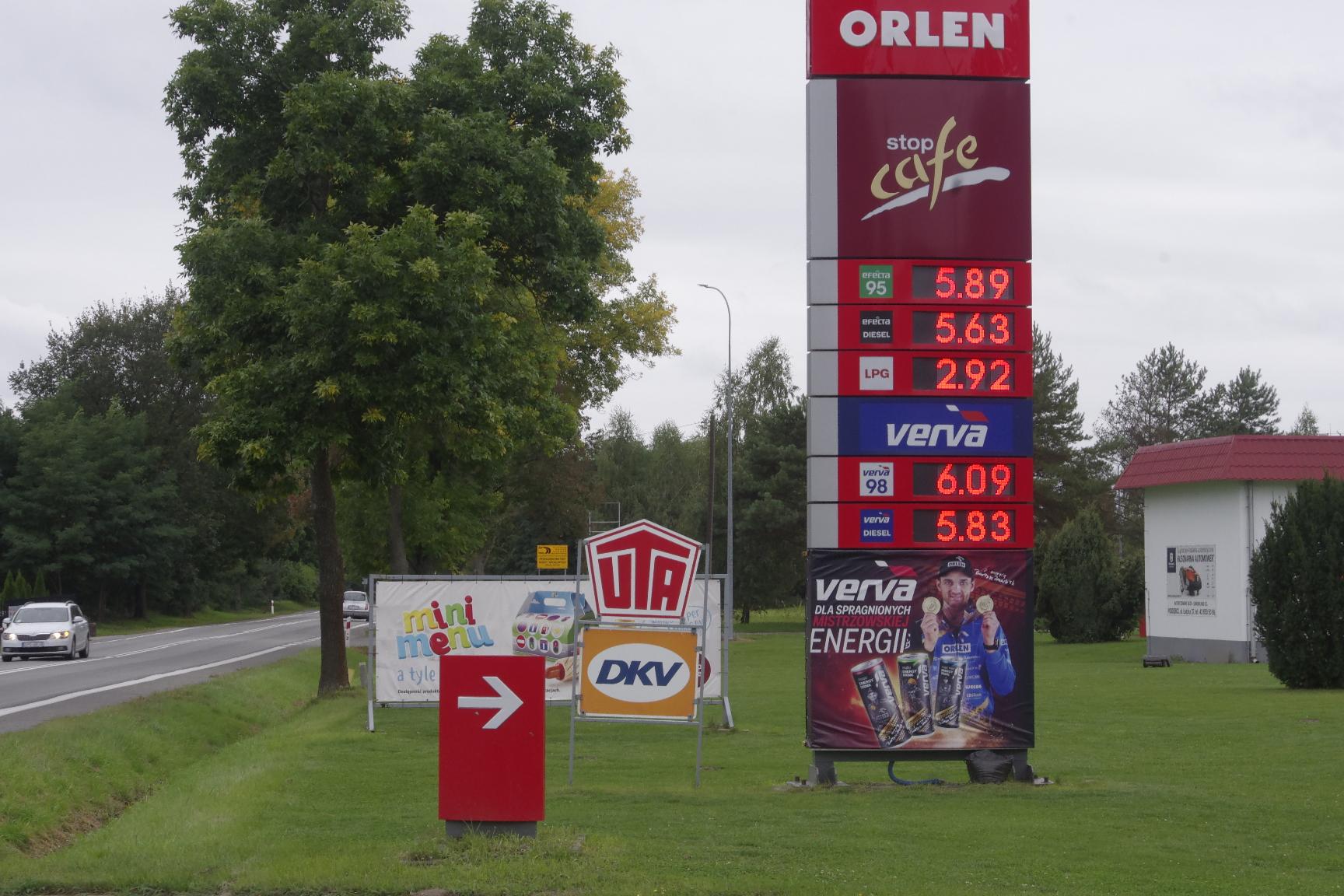 poddębice paliwa