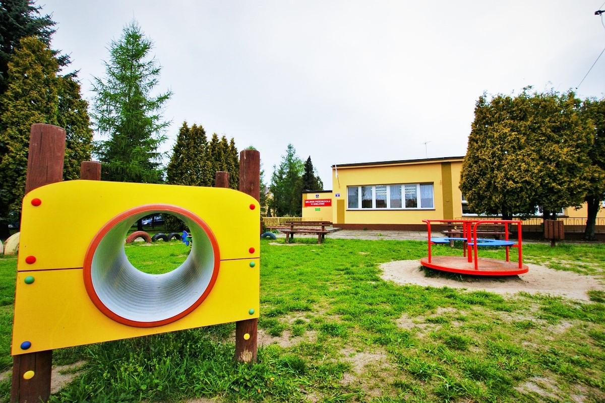 uniejów przedszkole